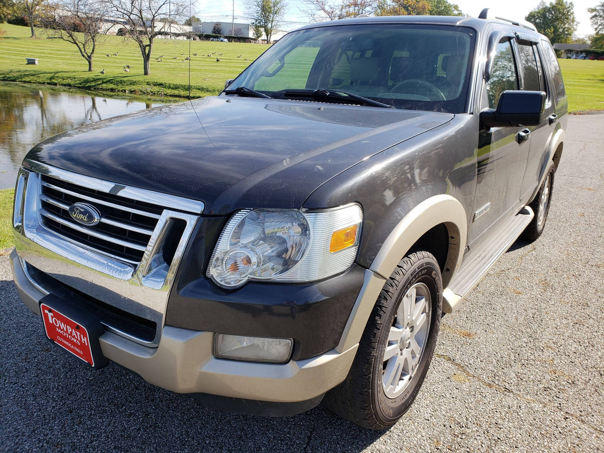 2007 Ford Explorer for sale at Towpath Motors | Used Car Dealer in Peninsula Ohio