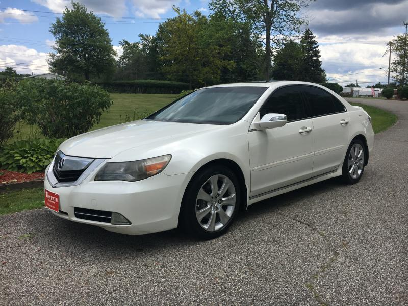 2009 Acura Rl for sale at Towpath Motors | Used Car Dealer in Peninsula Ohio