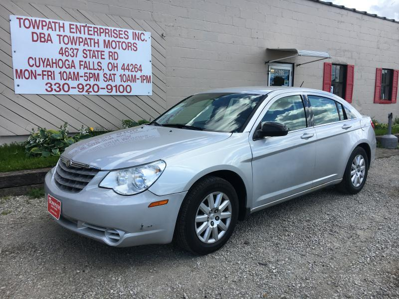 2010 Chrysler Sebring for sale at Towpath Motors | Used Car Dealer in Peninsula Ohio