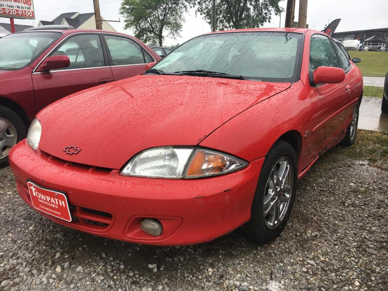 2002 Chevrolet Cavalier for sale at Towpath Motors | Used Car Dealer in Peninsula Ohio