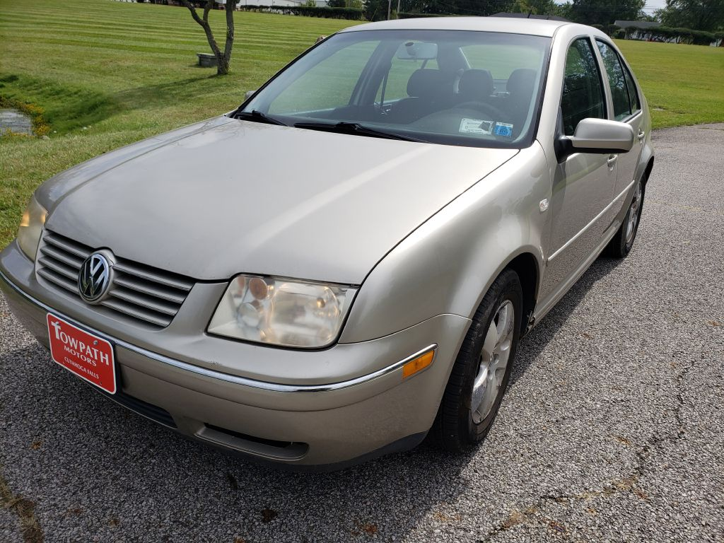 2004 Volkswagen Jetta for sale at Towpath Motors | Used Car Dealer in Peninsula Ohio