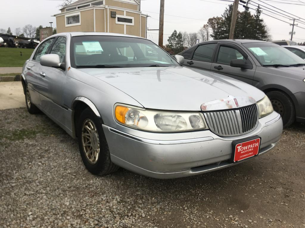 1998 Lincoln Town Car for sale at Towpath Motors | Used Car Dealer in Peninsula Ohio