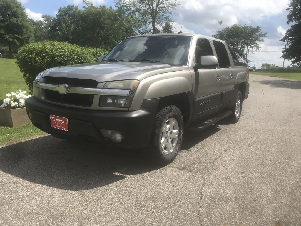 2003 Chevrolet Avalanche for sale at Towpath Motors | Used Car Dealer in Peninsula Ohio