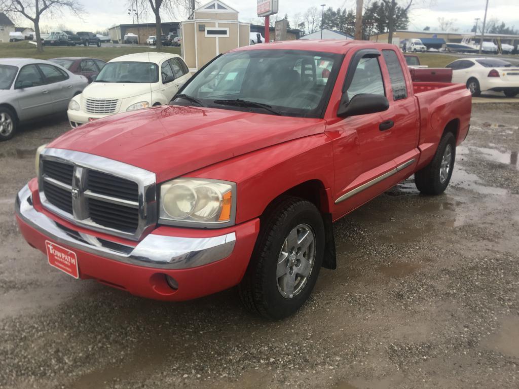 2006 Dodge Dakota for sale at Towpath Motors | Used Car Dealer in Peninsula Ohio
