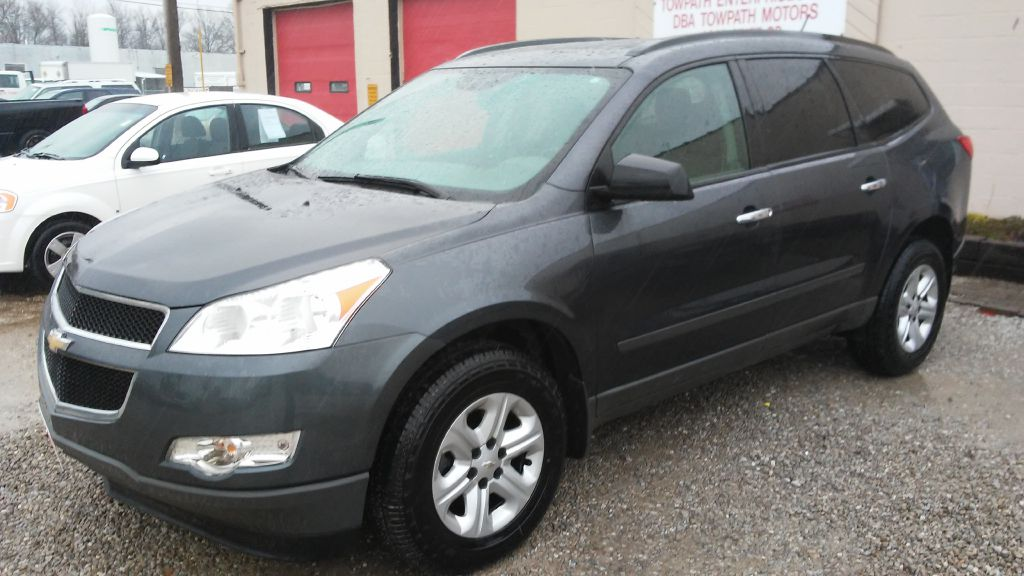 2012 Chevrolet Traverse for sale at Towpath Motors | Used Car Dealer in Peninsula Ohio