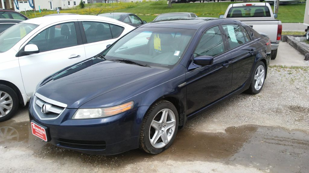 2006 Acura 3.2tl for sale at Towpath Motors | Used Car Dealer in Peninsula Ohio