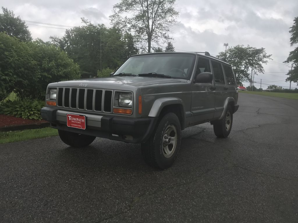 2000 Jeep Cherokee for sale at Towpath Motors | Used Car Dealer in Peninsula Ohio