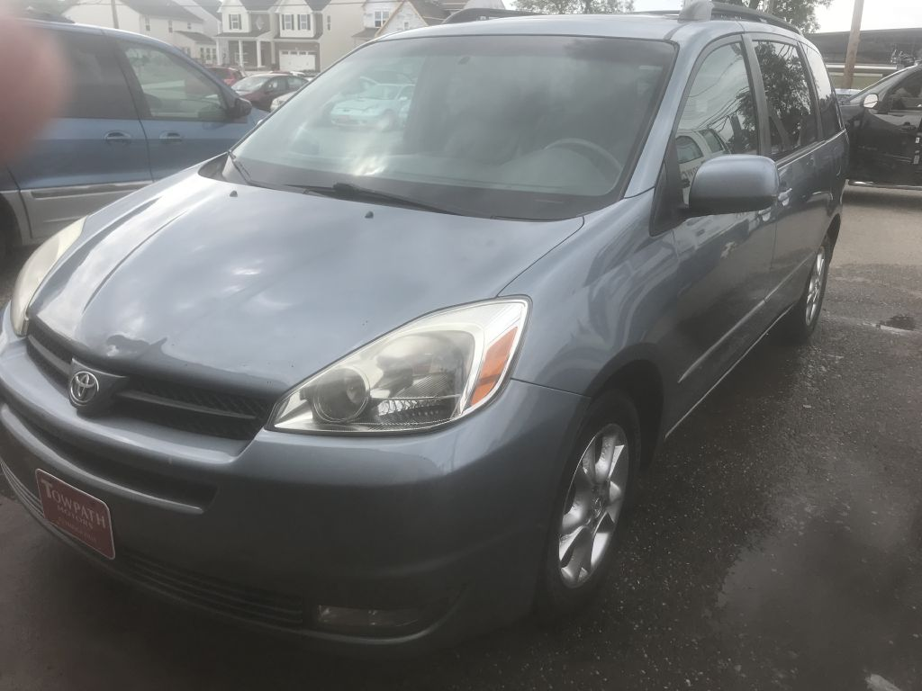 2005 Toyota Sienna For Sale At Towpath Motors   Used Car Dealer In  Peninsula Ohio