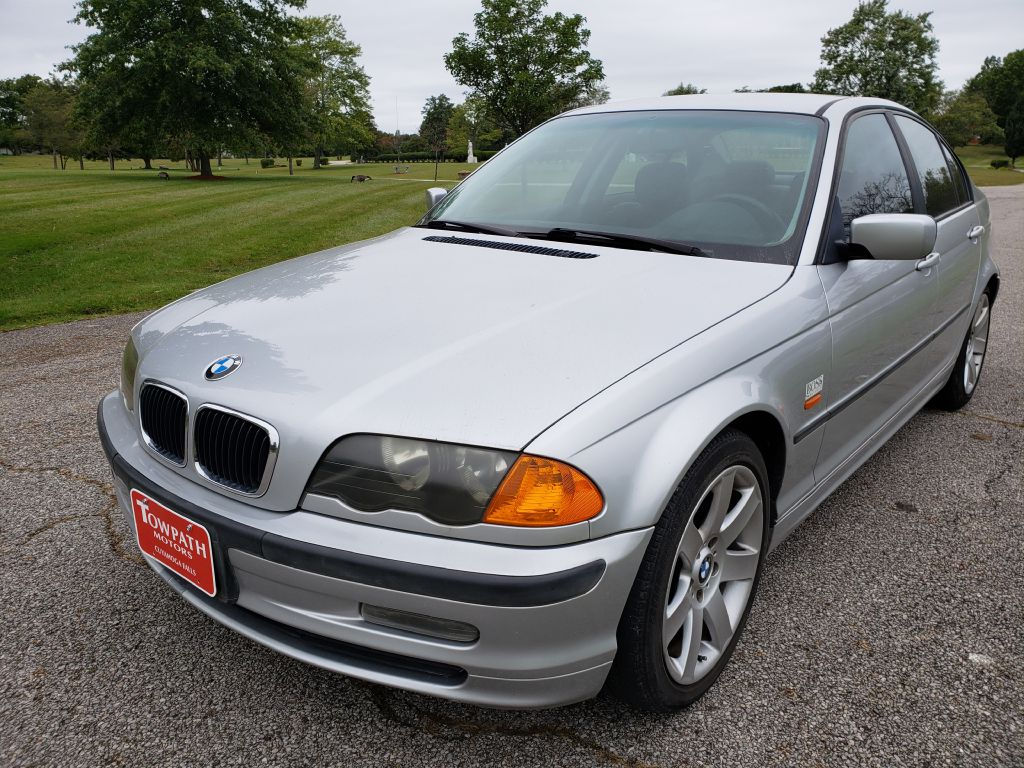 2001 Bmw 325 for sale at Towpath Motors | Used Car Dealer in Peninsula Ohio
