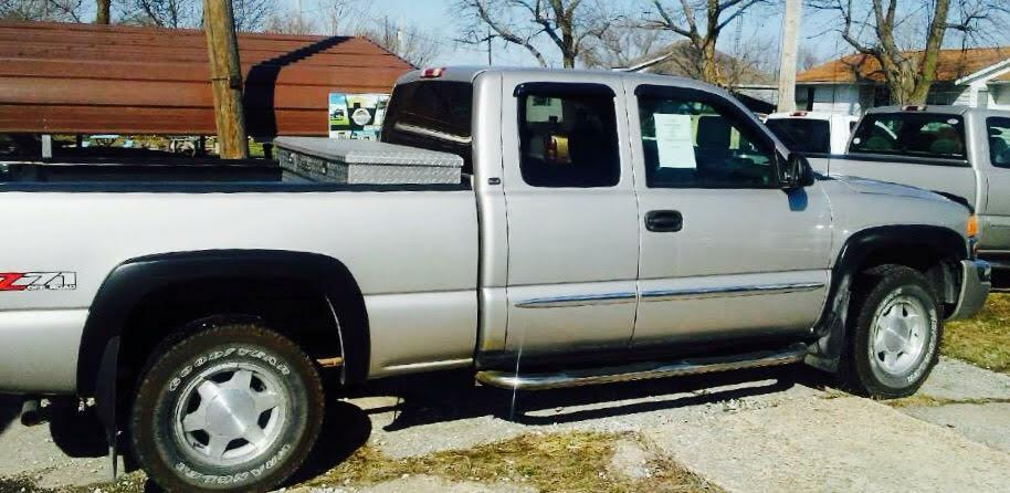 2004 GMC NEW SIERRA