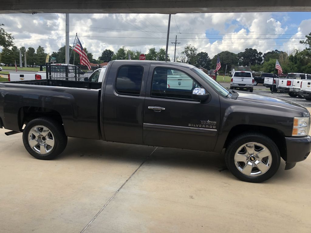 2011 CHEVROLET SILVERADO 1500 1GCRCSE01BZ347886 PAYLESS CAR SALES LLC.