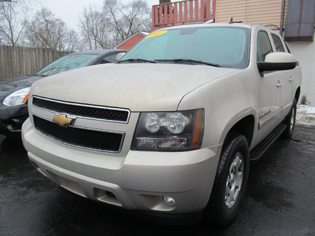 used chevrolet avalanche for sale chicago il cargurus. Black Bedroom Furniture Sets. Home Design Ideas