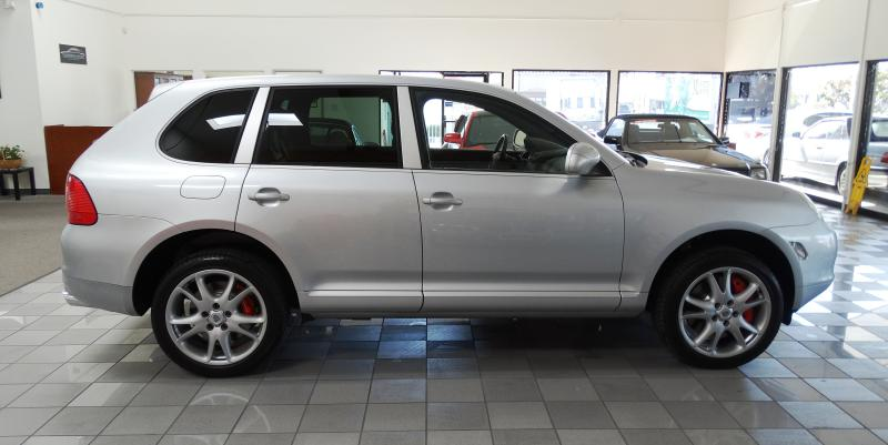 2006 PORSCHE CAYENNE TWIN TURBO Air Conditioning Heated Seats Moonroof Sunroof Power Windows