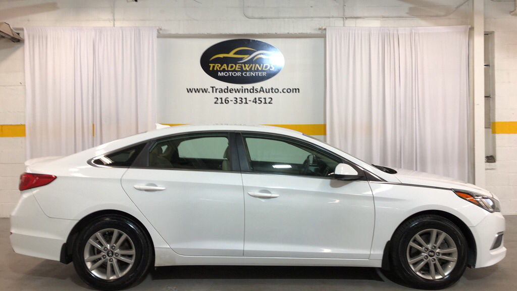 2016 HYUNDAI SONATA SE for sale at Tradewinds Motor Center