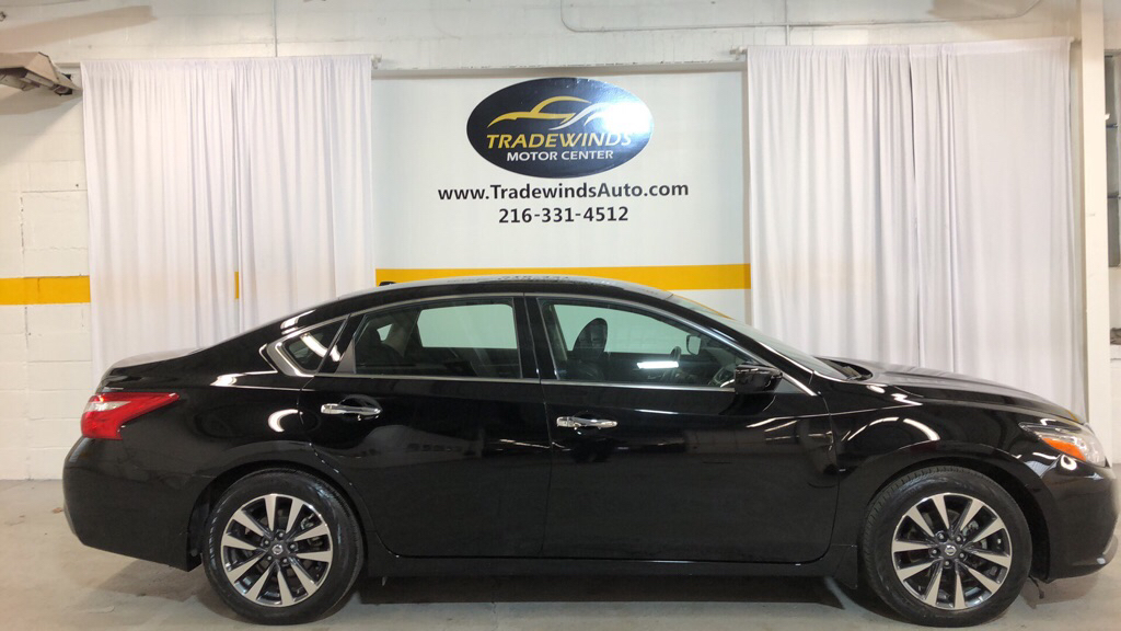 2017 NISSAN ALTIMA SV 2.5 for sale at Tradewinds Motor Center
