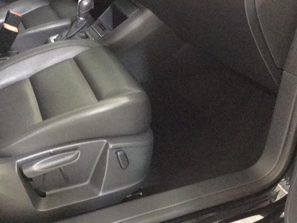 2013 VOLKSWAGEN TIGUAN SE for sale at Tradewinds Motor Center