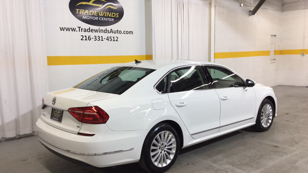 2016 VOLKSWAGEN PASSAT SE for sale at Tradewinds Motor Center