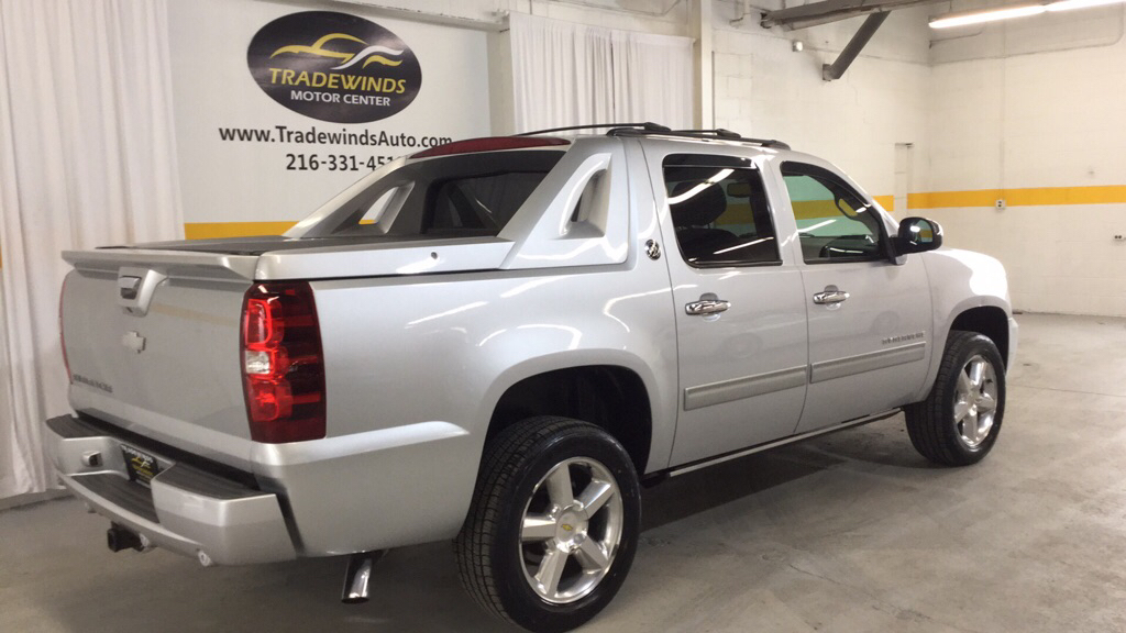 2013 CHEVROLET AVALANCHE LT  BLACK DIAMOND for sale at Tradewinds Motor Center
