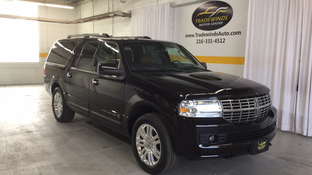2013 LINCOLN NAVIGATOR LIMITED L for sale at Tradewinds Motor Center