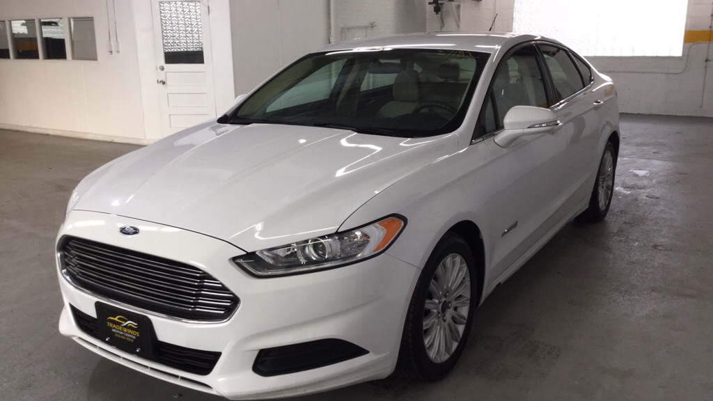 2016 FORD FUSION SE HYBRID for sale at Tradewinds Motor Center