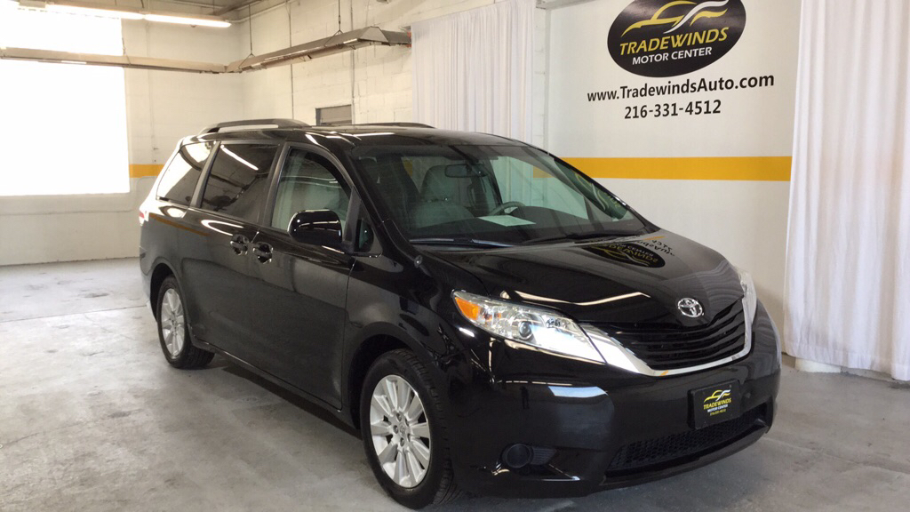 2014 TOYOTA SIENNA LE for sale at Tradewinds Motor Center
