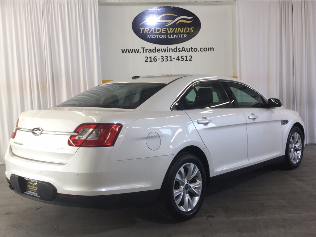 2012 FORD TAURUS SEL for sale at Tradewinds Motor Center