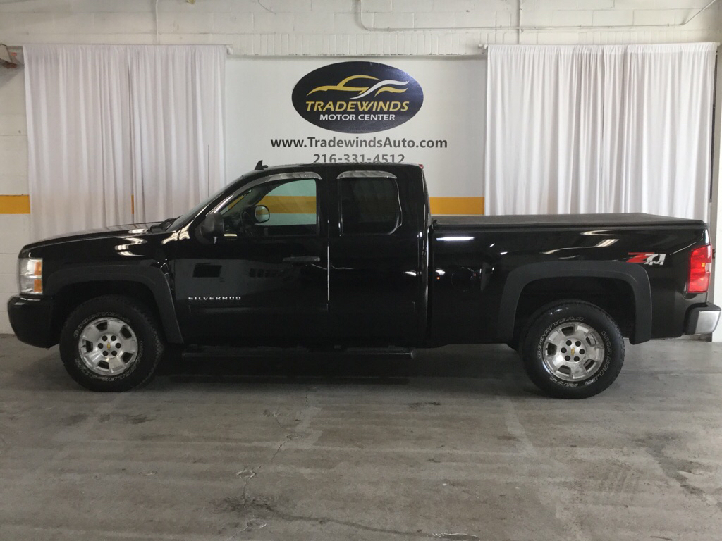 2011 CHEVROLET SILVERADO 1500 LT for sale at Tradewinds Motor Center