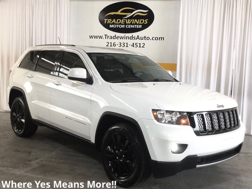 2013 JEEP GRAND CHEROKEE ALTITUDE for sale at Tradewinds Motor Center