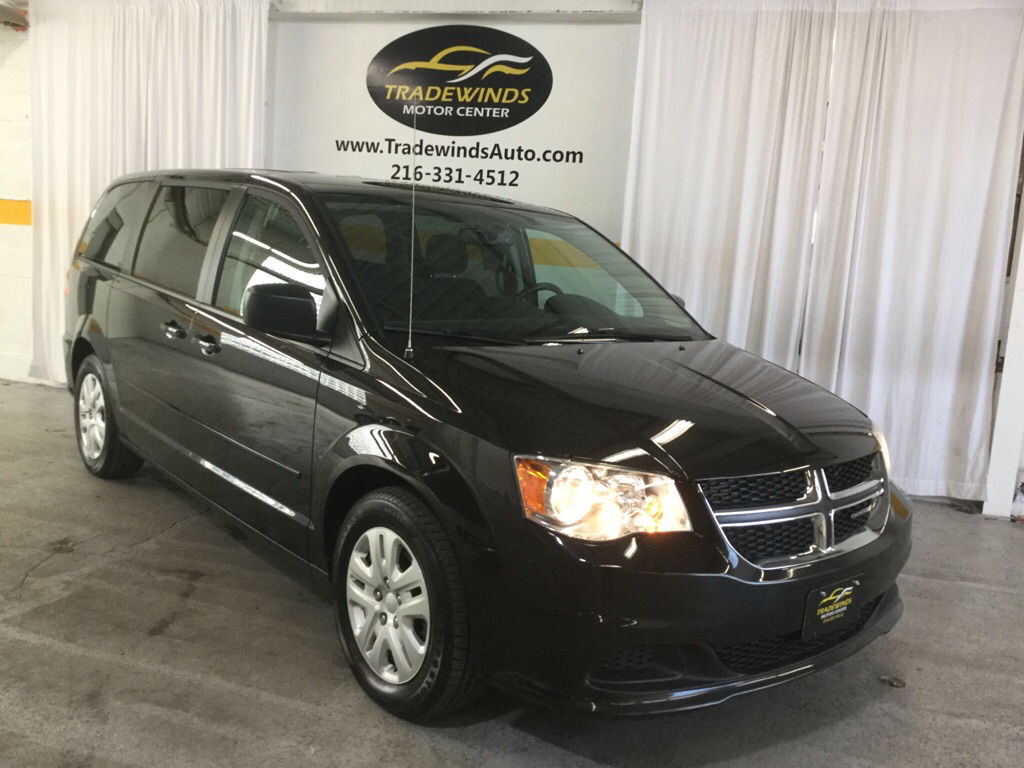 2017 DODGE GRAND CARAVAN SE for sale at Tradewinds Motor Center
