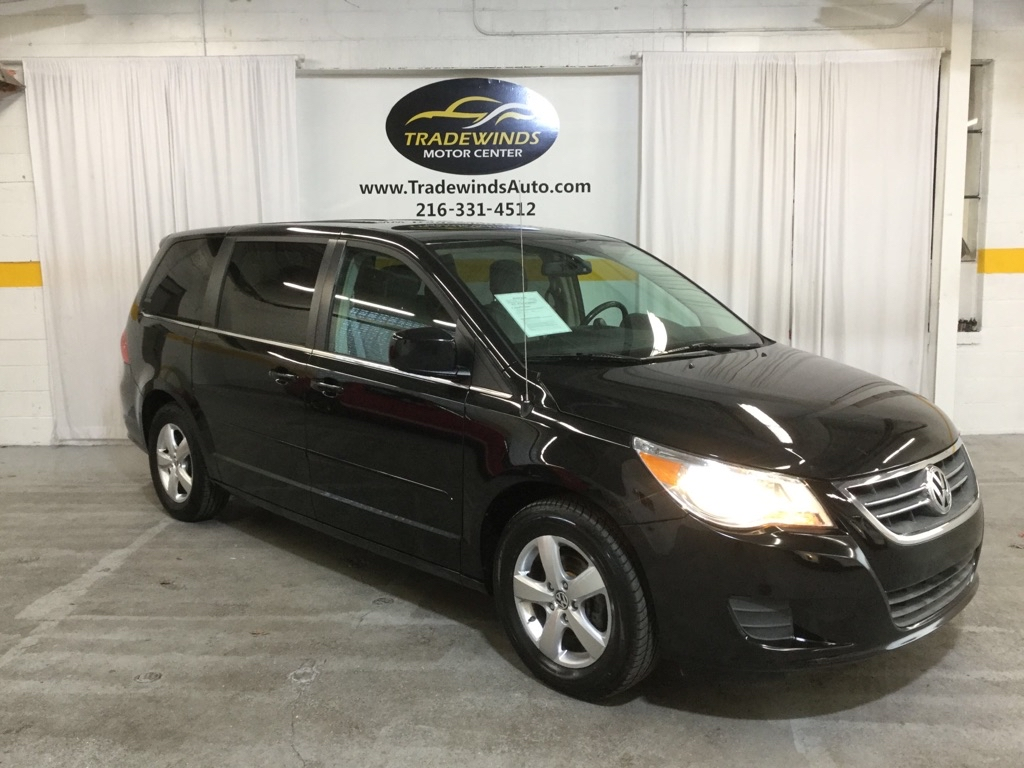 2010 VOLKSWAGEN ROUTAN SE for sale at Tradewinds Motor Center