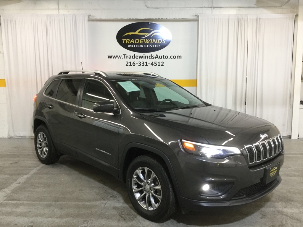 2019 JEEP CHEROKEE LATITUDE PLUS for sale at Tradewinds Motor Center