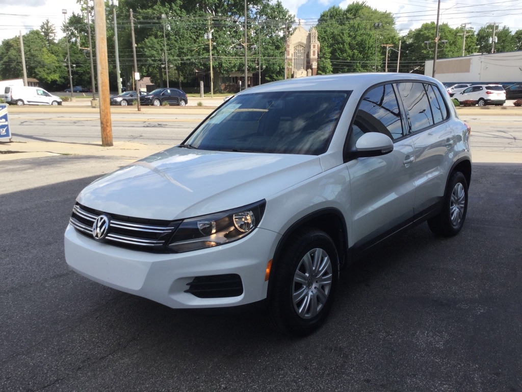 2018 VOLKSWAGEN TIGUAN LIMITED  for sale at Tradewinds Motor Center