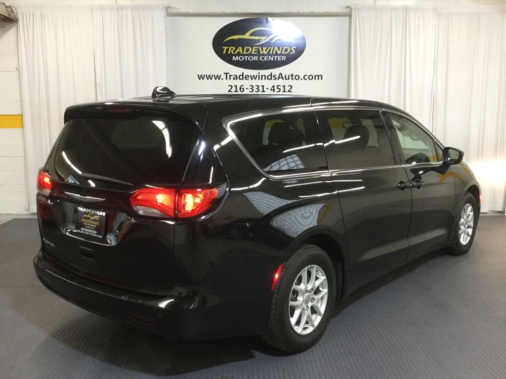 2017 CHRYSLER PACIFICA TOURING for sale at Tradewinds Motor Center
