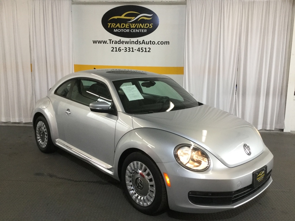 2016 VOLKSWAGEN BEETLE SE for sale at Tradewinds Motor Center