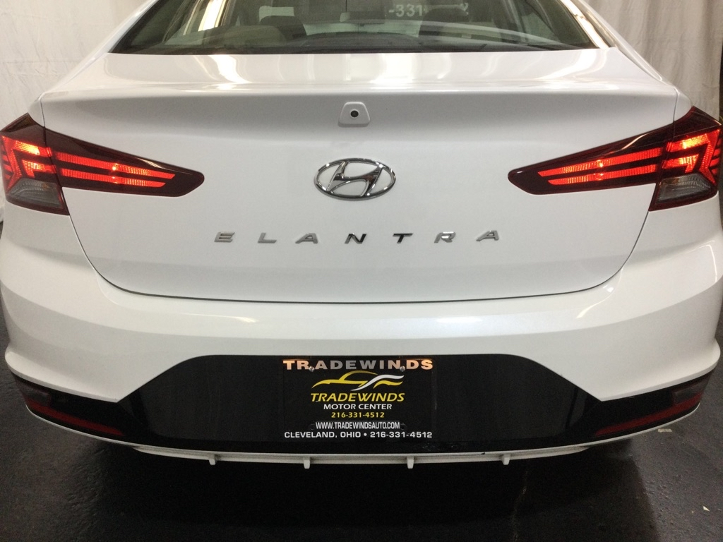 2019 HYUNDAI ELANTRA SEL for sale at Tradewinds Motor Center