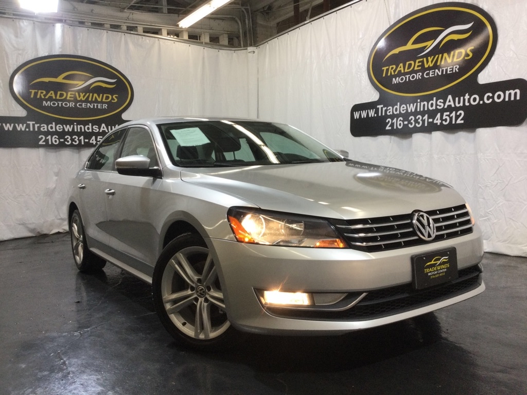 2013 VOLKSWAGEN PASSAT SE for sale at Tradewinds Motor Center