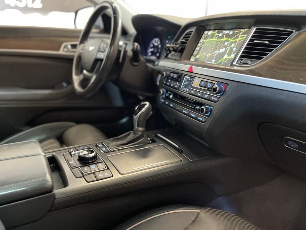 2015 HYUNDAI GENESIS 3.8L for sale at Tradewinds Motor Center