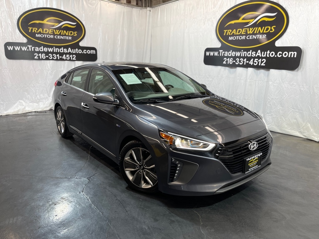 2017 HYUNDAI ION LIMITED for sale at Tradewinds Motor Center