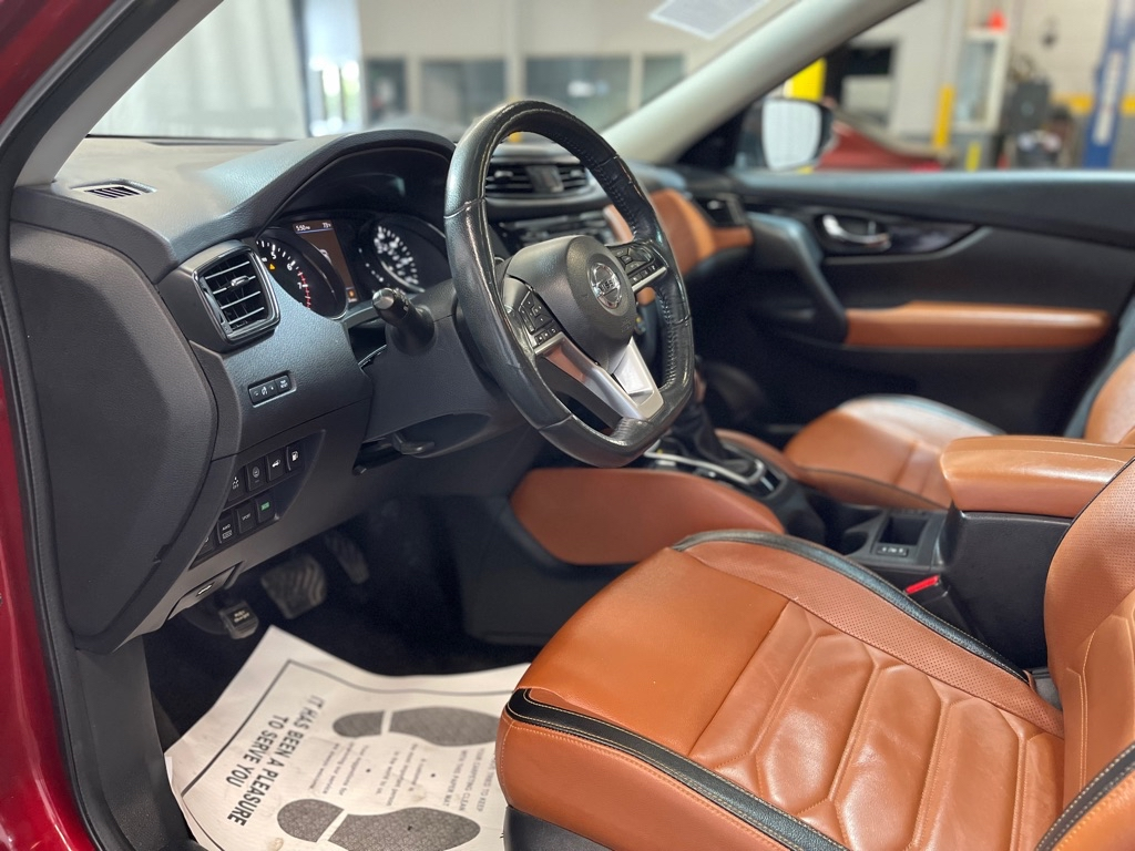 2018 NISSAN ROGUE SL PLATNUM for sale at Tradewinds Motor Center