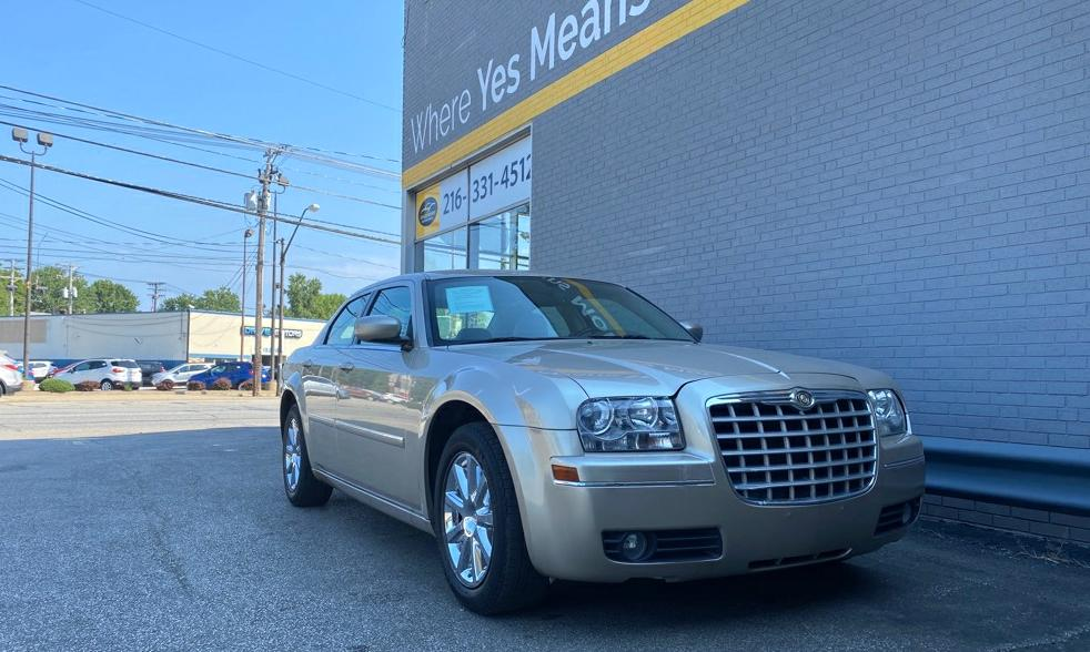2007 CHRYSLER 300 TOURING for sale at Tradewinds Motor Center