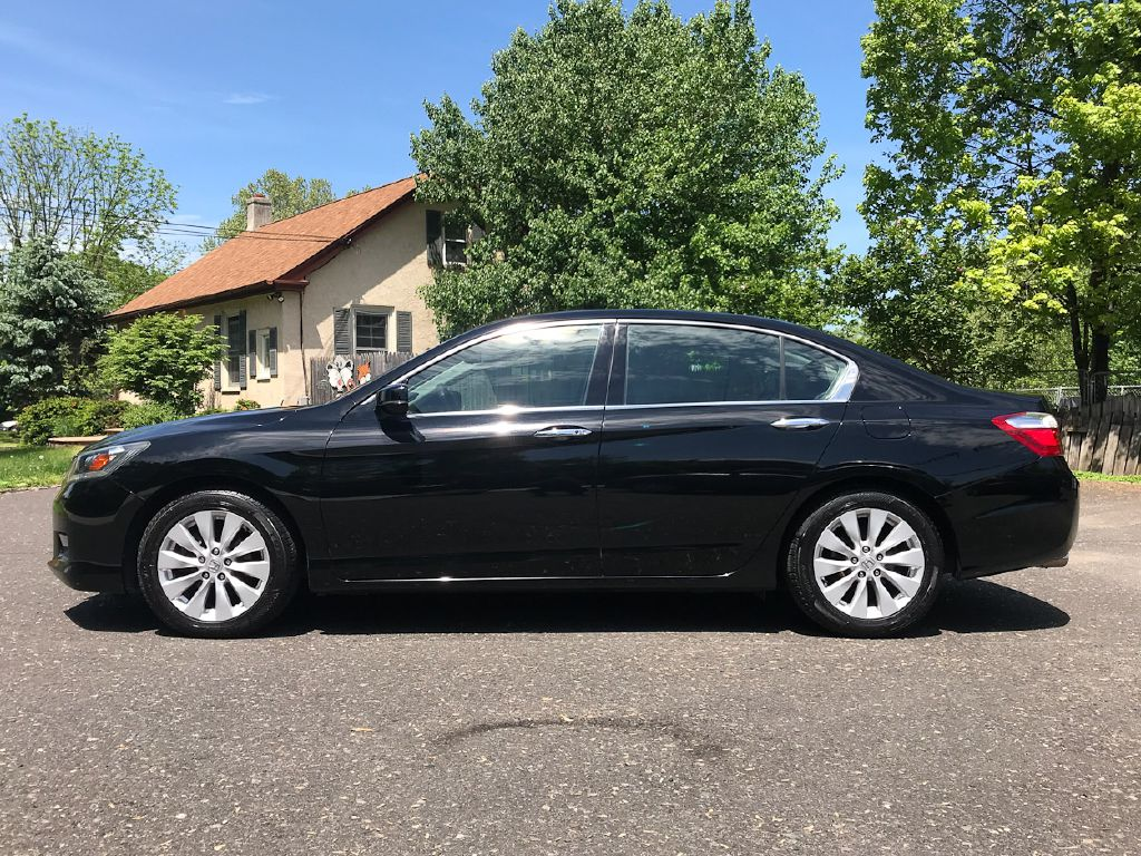 2013 HONDA ACCORD EX-L for sale at Source One Auto Group