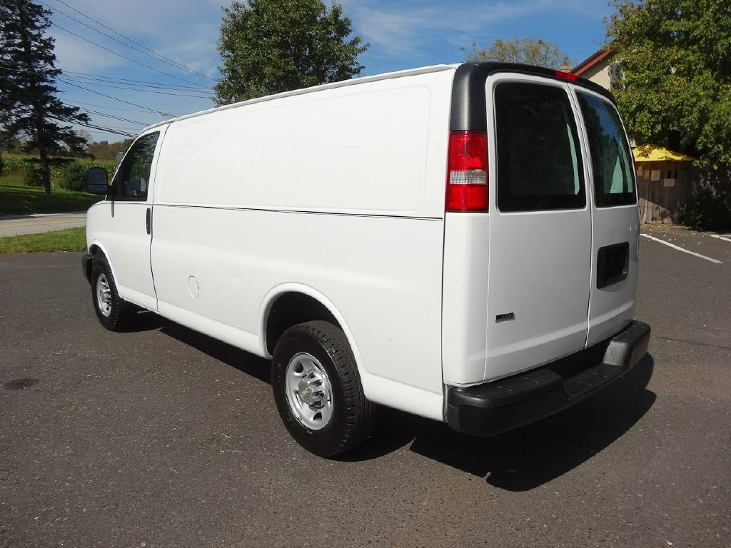 2011 chevrolet express g2500 cargo van for sale at source. Black Bedroom Furniture Sets. Home Design Ideas