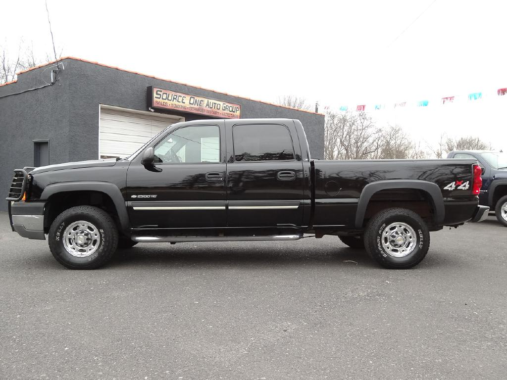2005 CHEVROLET SILVERADO 2500  HEAVY DUTY for sale at Source One Auto Group