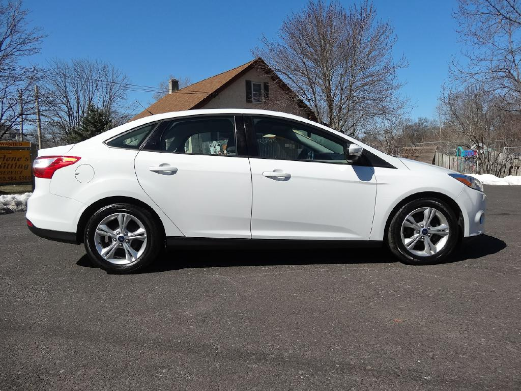 2013 FORD FOCUS SE for sale at Source One Auto Group