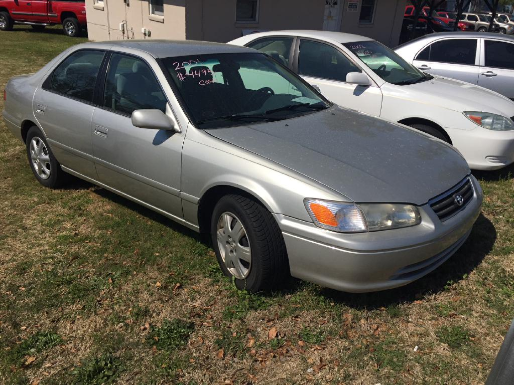 2001 TOYOTA CAMRY CE Air Conditioning Power Windows Power Locks Power Steering Tilt Wheel AM