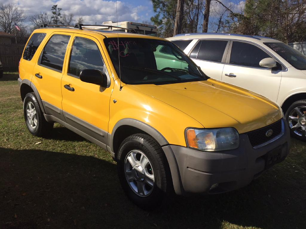 2001 FORD ESCAPE XLT Air Conditioning Power Windows Power Locks Power Steering Tilt Wheel AM
