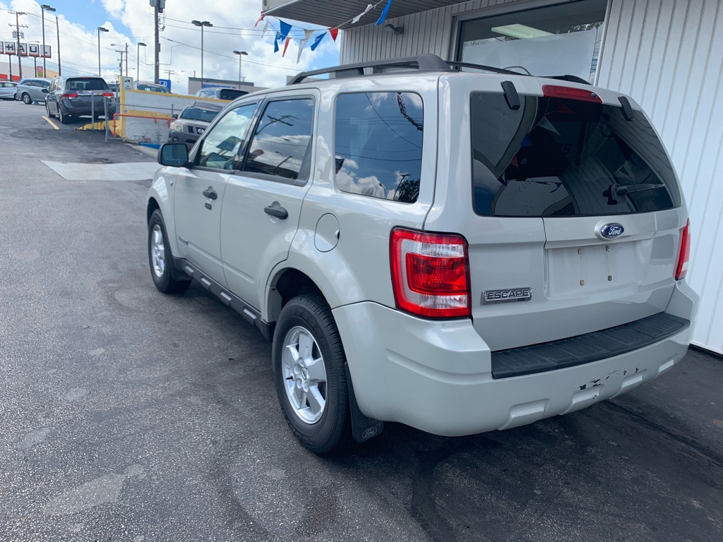 2008 FORD ESCAPE XLT for sale at Stewart Auto Group