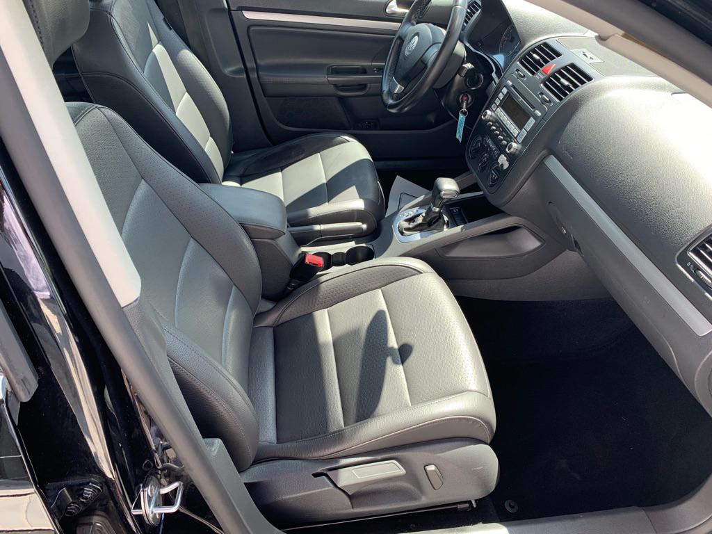 2009 VOLKSWAGEN JETTA SE for sale at Stewart Auto Group