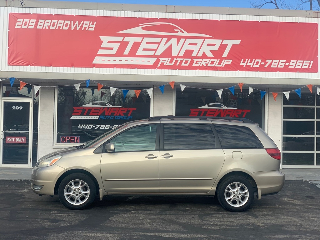2005 TOYOTA SIENNA XLE for sale at Stewart Auto Group