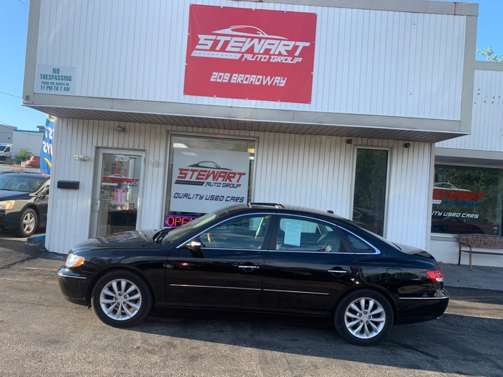 2007 HYUNDAI AZERA SE for sale at Stewart Auto Group